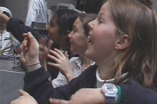 Feature Creature at Tate Modern. CiCi Blumstein 2002 - School children explore the live mixed sound and video installation by Testcard.